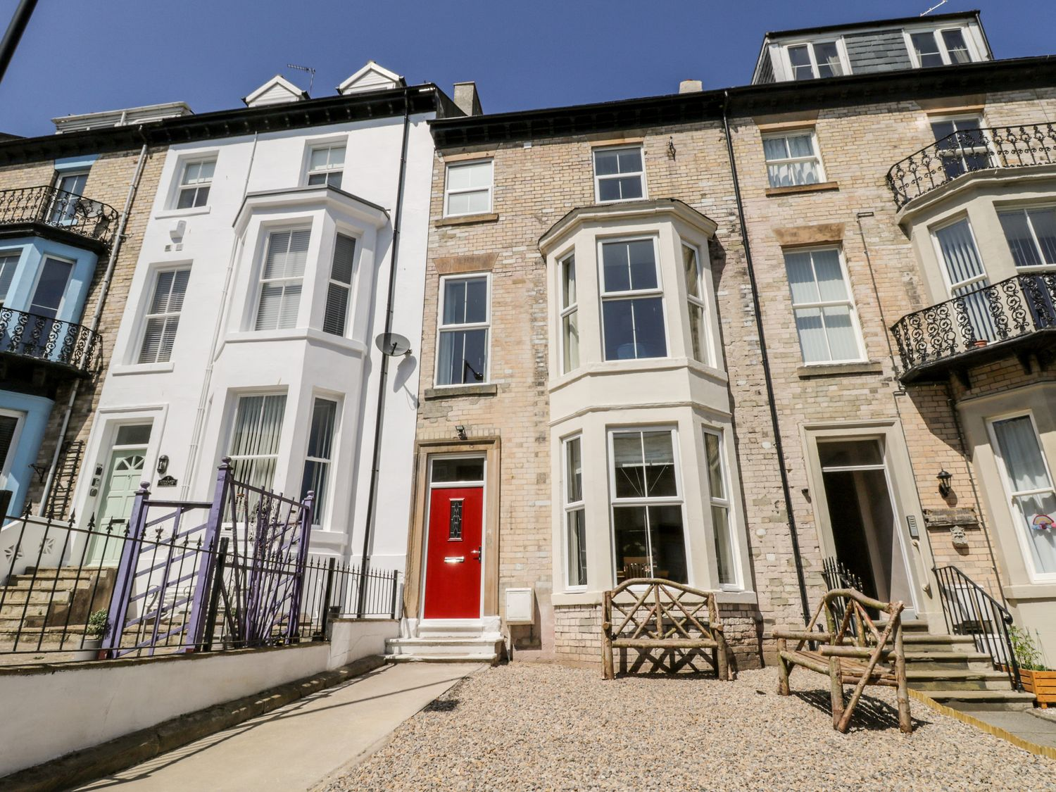 4 Normanby Terrace - North Yorkshire (incl. Whitby) - 1057076 - photo 1