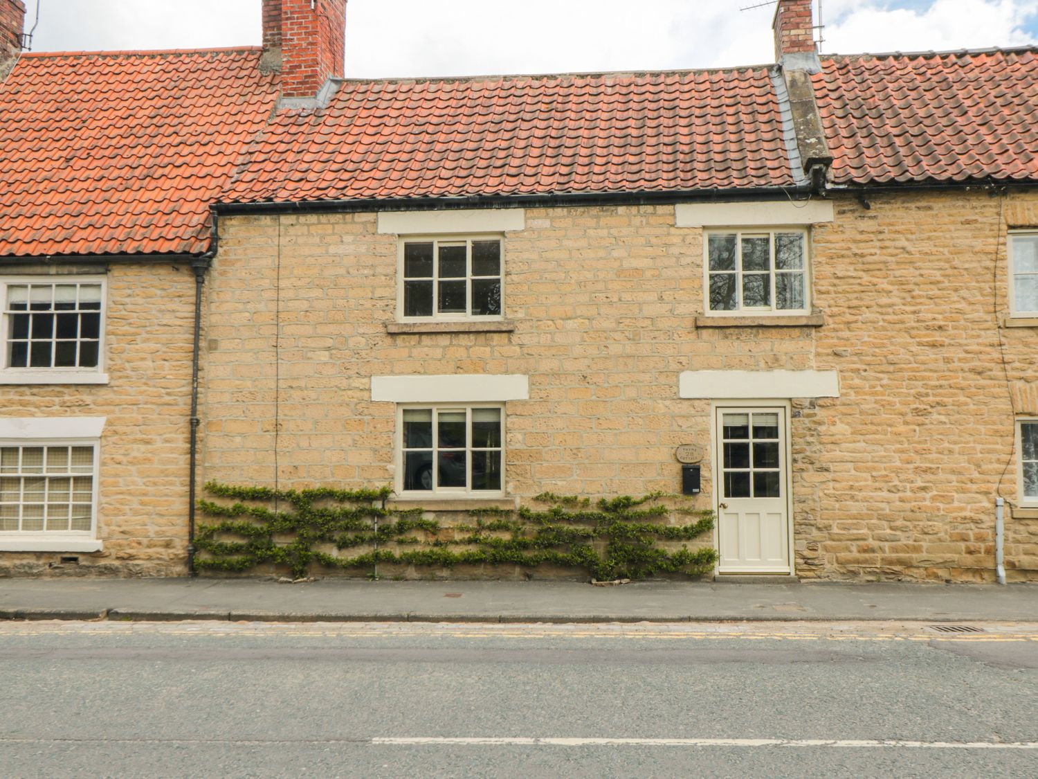 Thyme Cottage - Whitby & North Yorkshire - 1057879 - photo 1