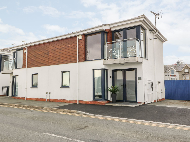 1 Marina View - North Wales - 1059557 - photo 1