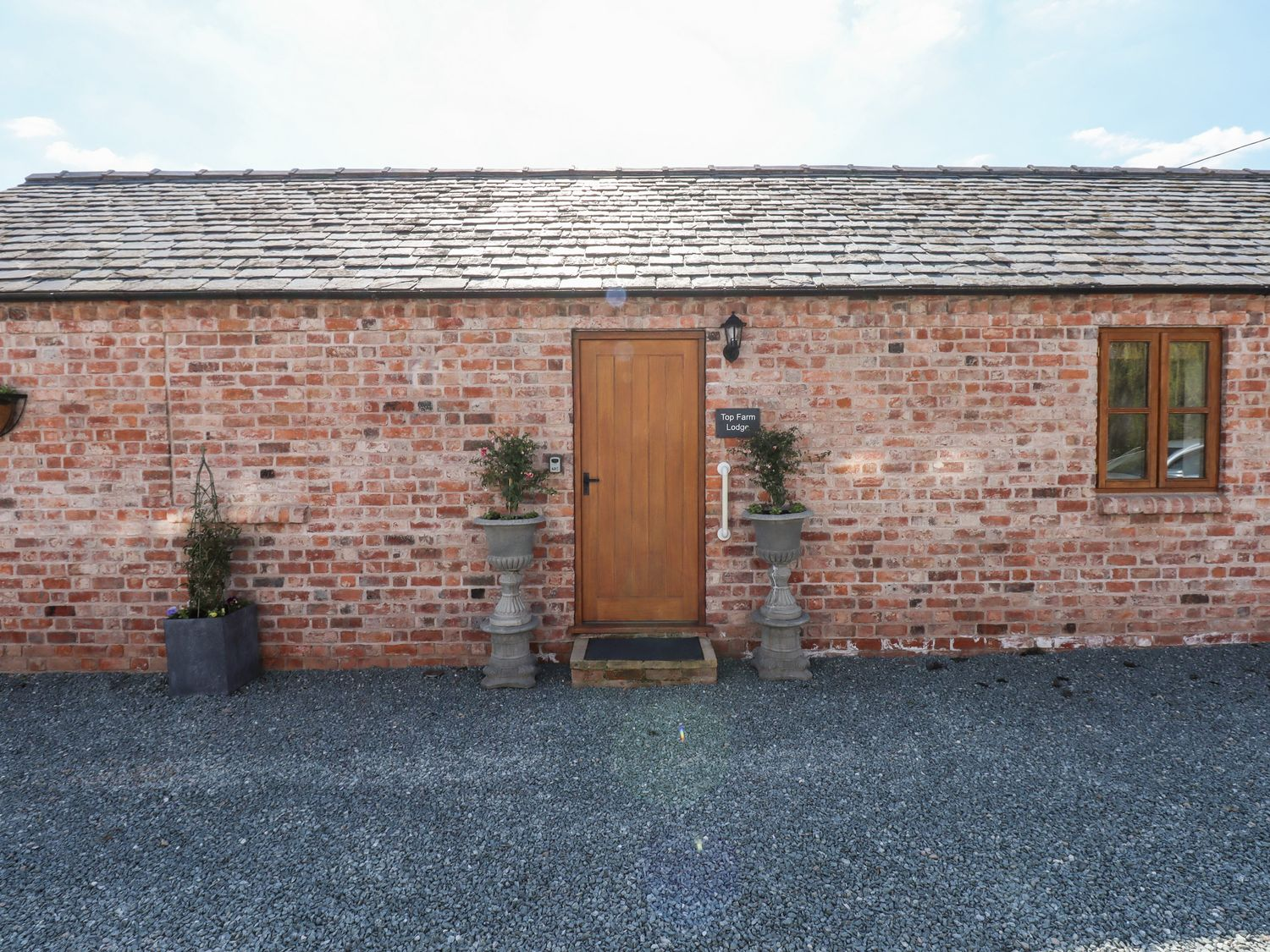 Top Farm Lodge (formerly The Goat's Shed) - Shropshire - 1059787 - photo 1