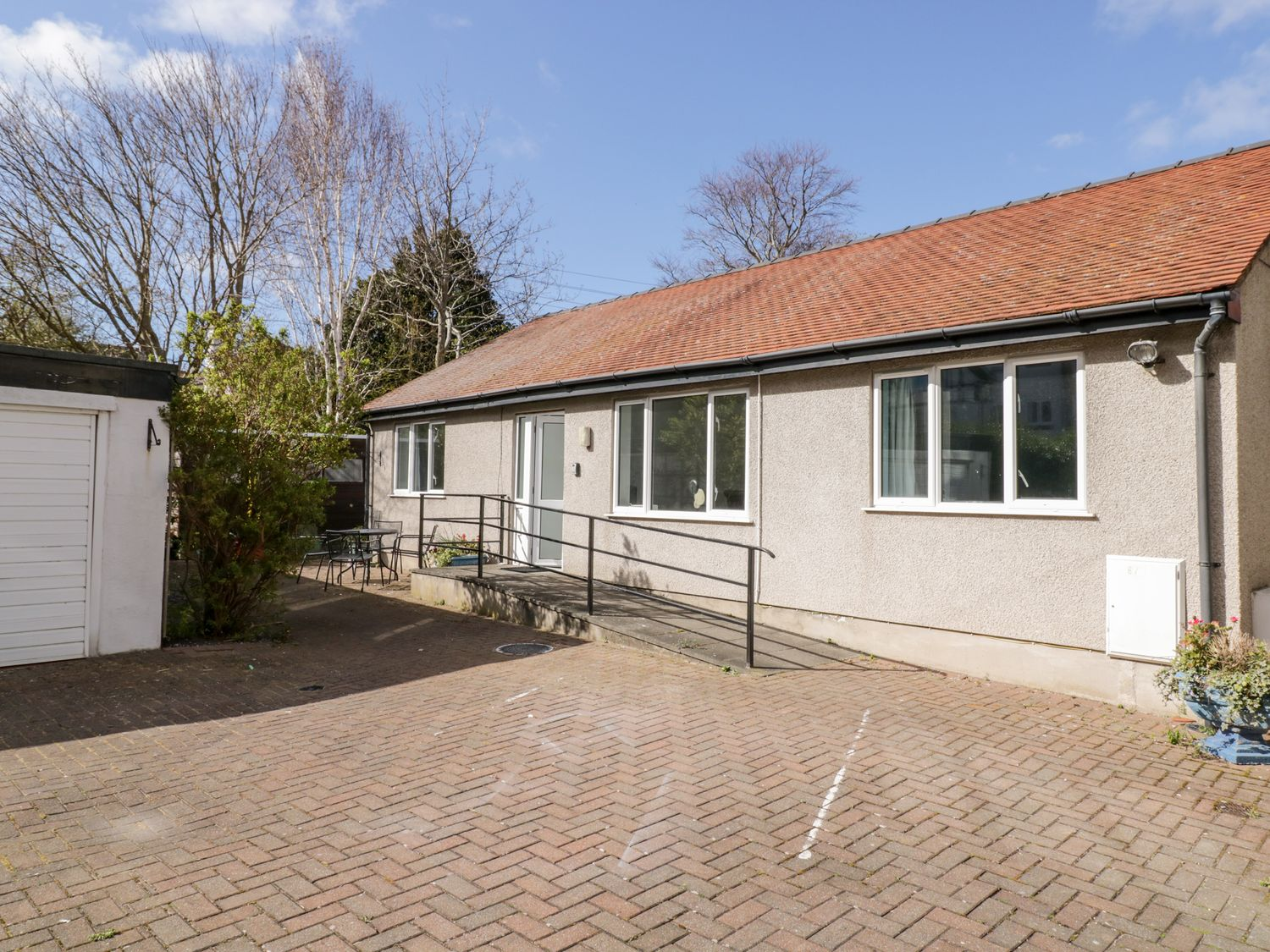 Beachmount Holiday Bungalow - North Wales - 1070893 - photo 1
