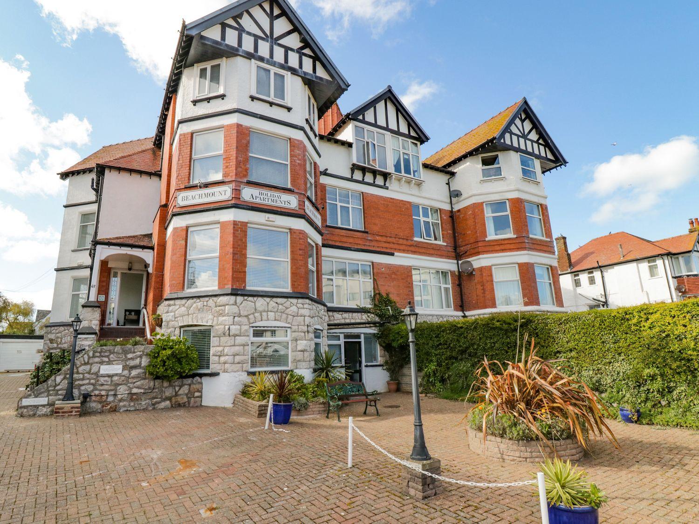 Apartment No2 - North Wales - 1072050 - photo 1