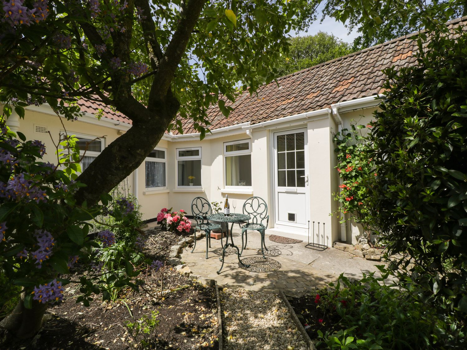 Long Batch Cottage - Somerset & Wiltshire - 1072298 - photo 1
