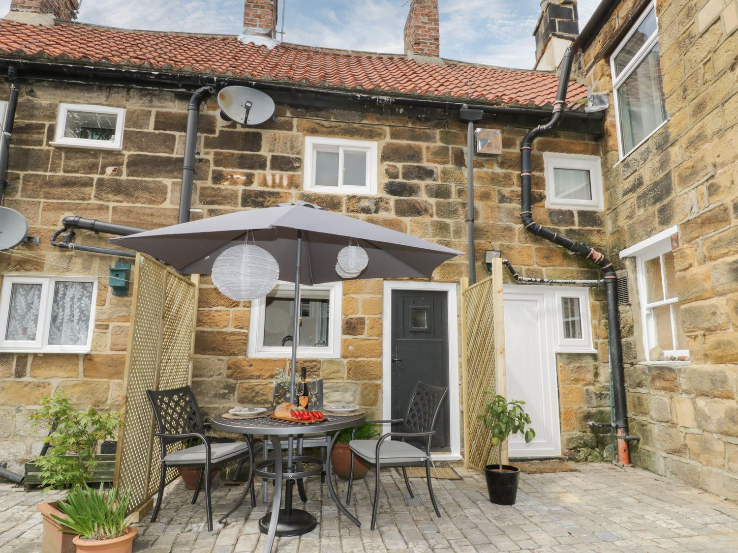 Wren's Nest Cottage - Whitby & North Yorkshire - 1073718 - photo 1