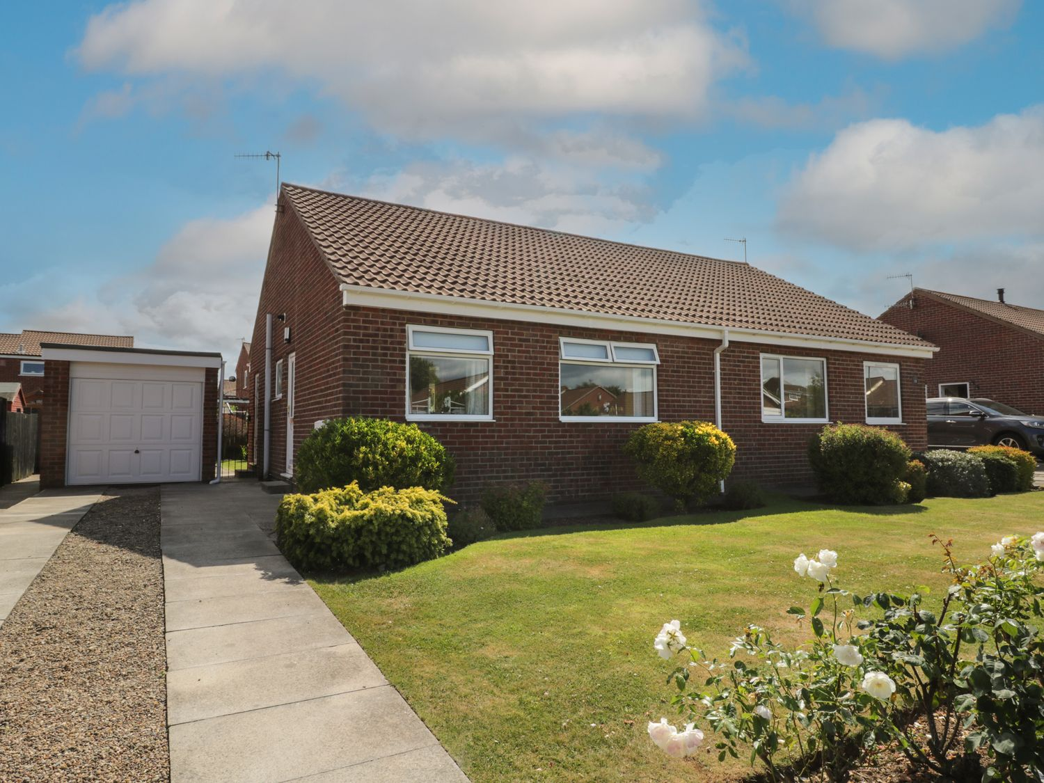 Rose Bungalow - North Yorkshire (incl. Whitby) - 1073740 - photo 1