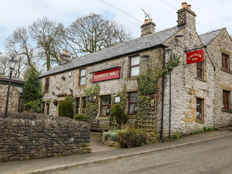 The Church Inn Cottage - Peak District - 1074813 - photo 1