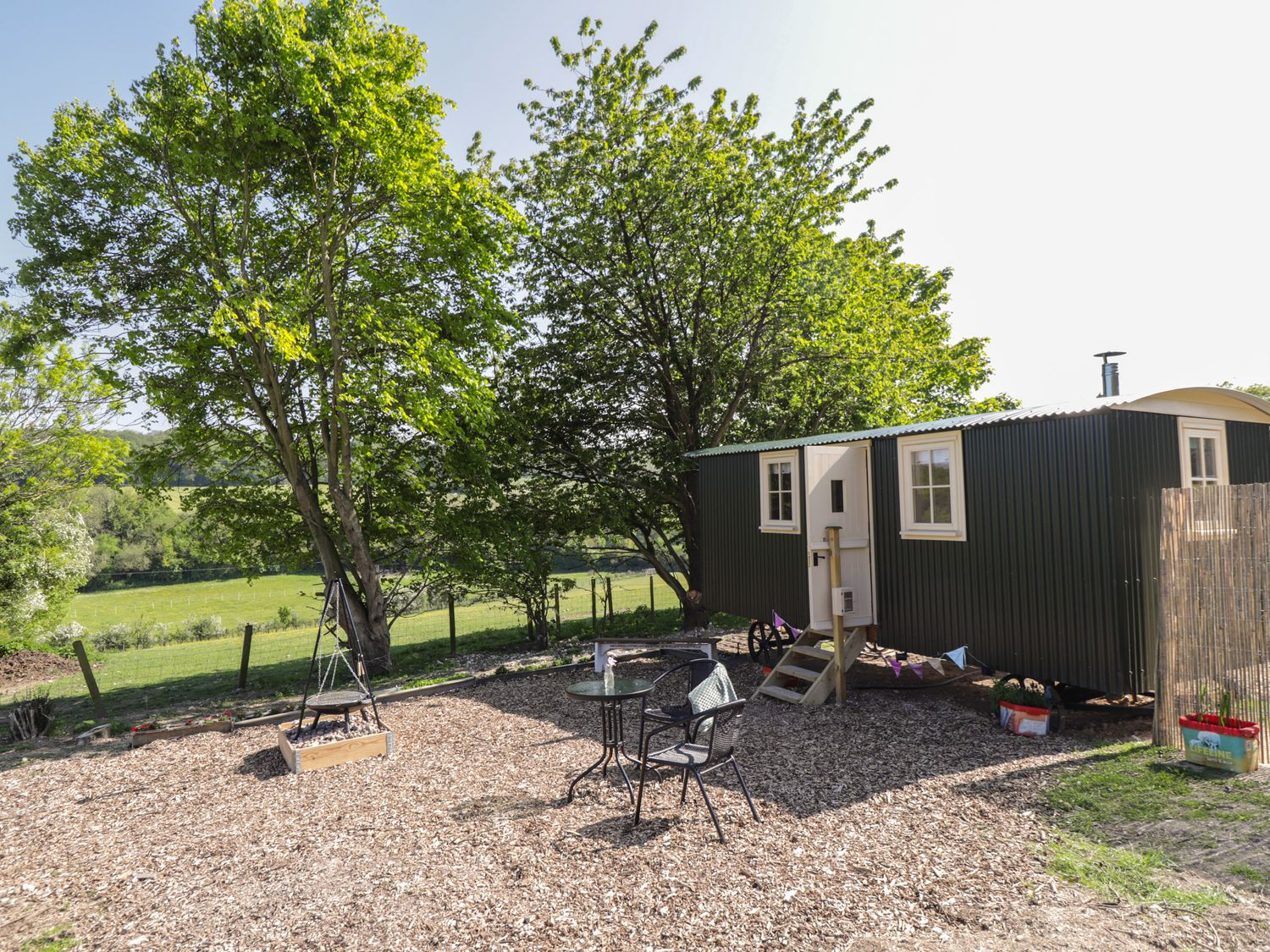 The Shepherds Hut at Marley - Kent & Sussex - 1075279 - photo 1