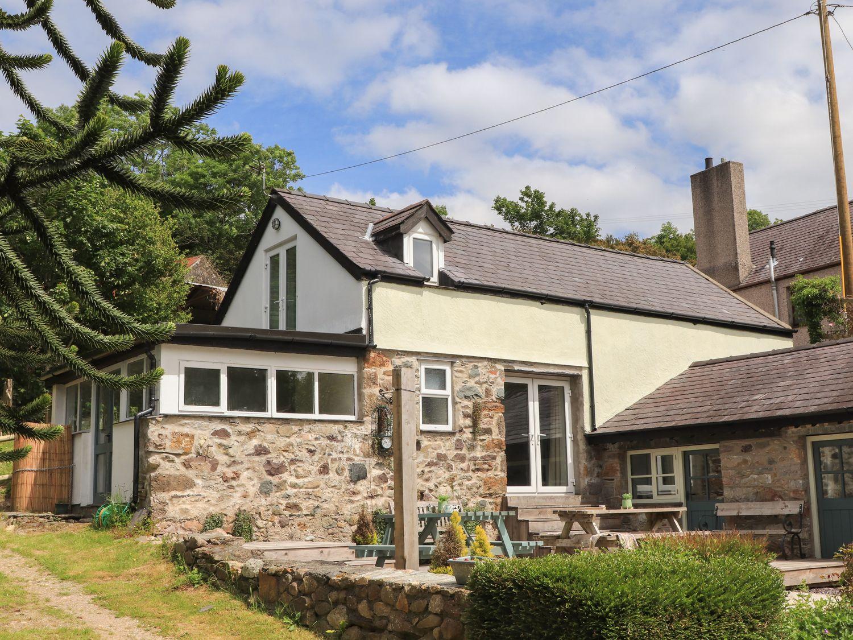 Avalon - North Wales - 1075546 - photo 1