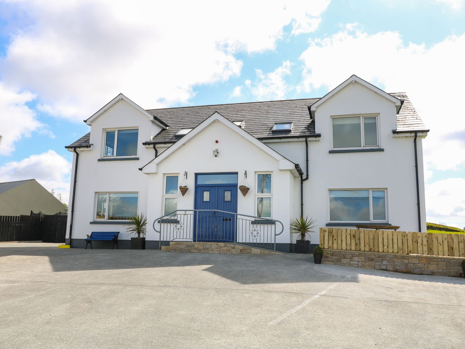 Inish Way Apartment 2 - County Donegal - 1076258 - photo 1