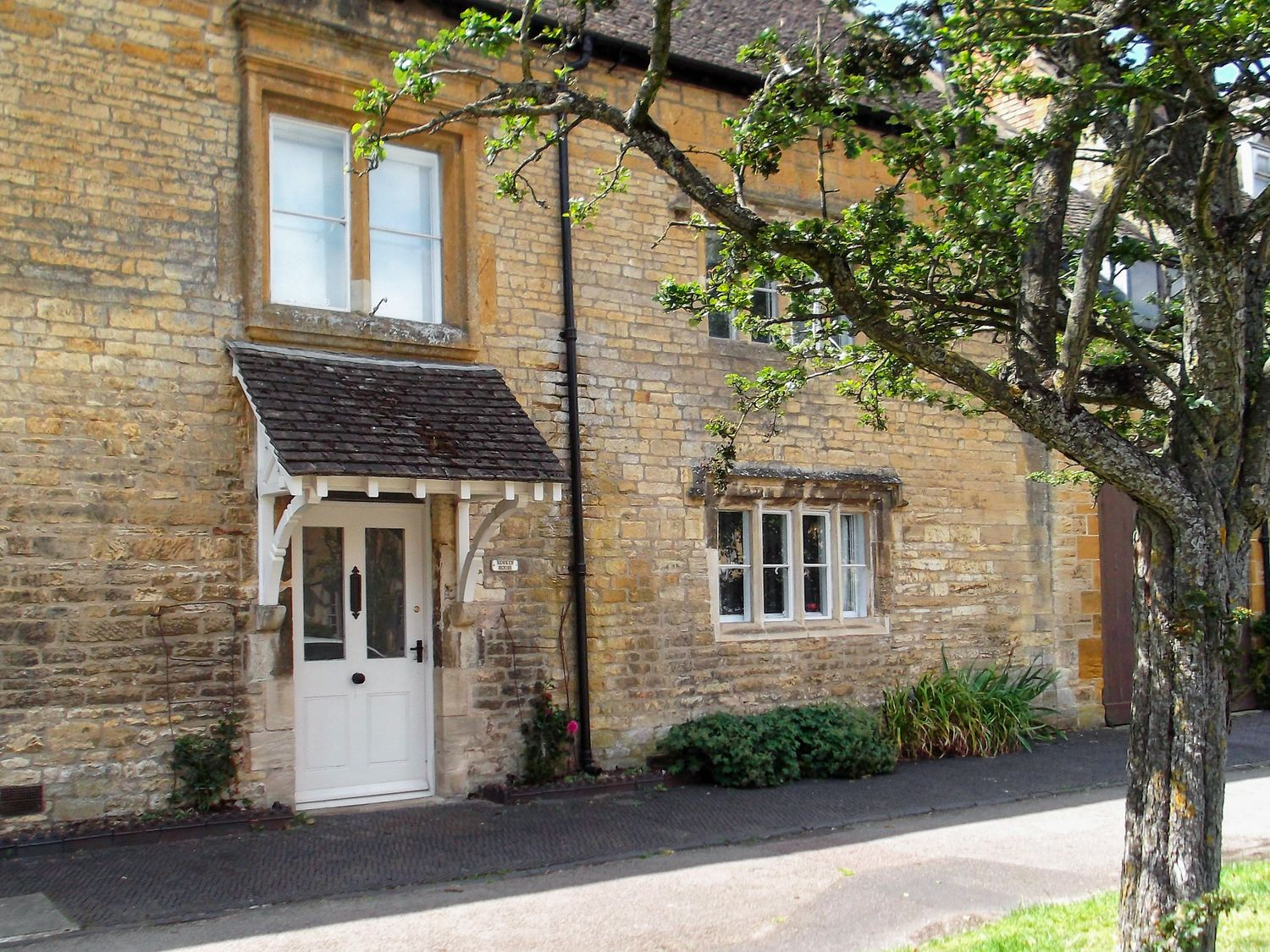 Ruskin House - Cotswolds - 1078231 - photo 1