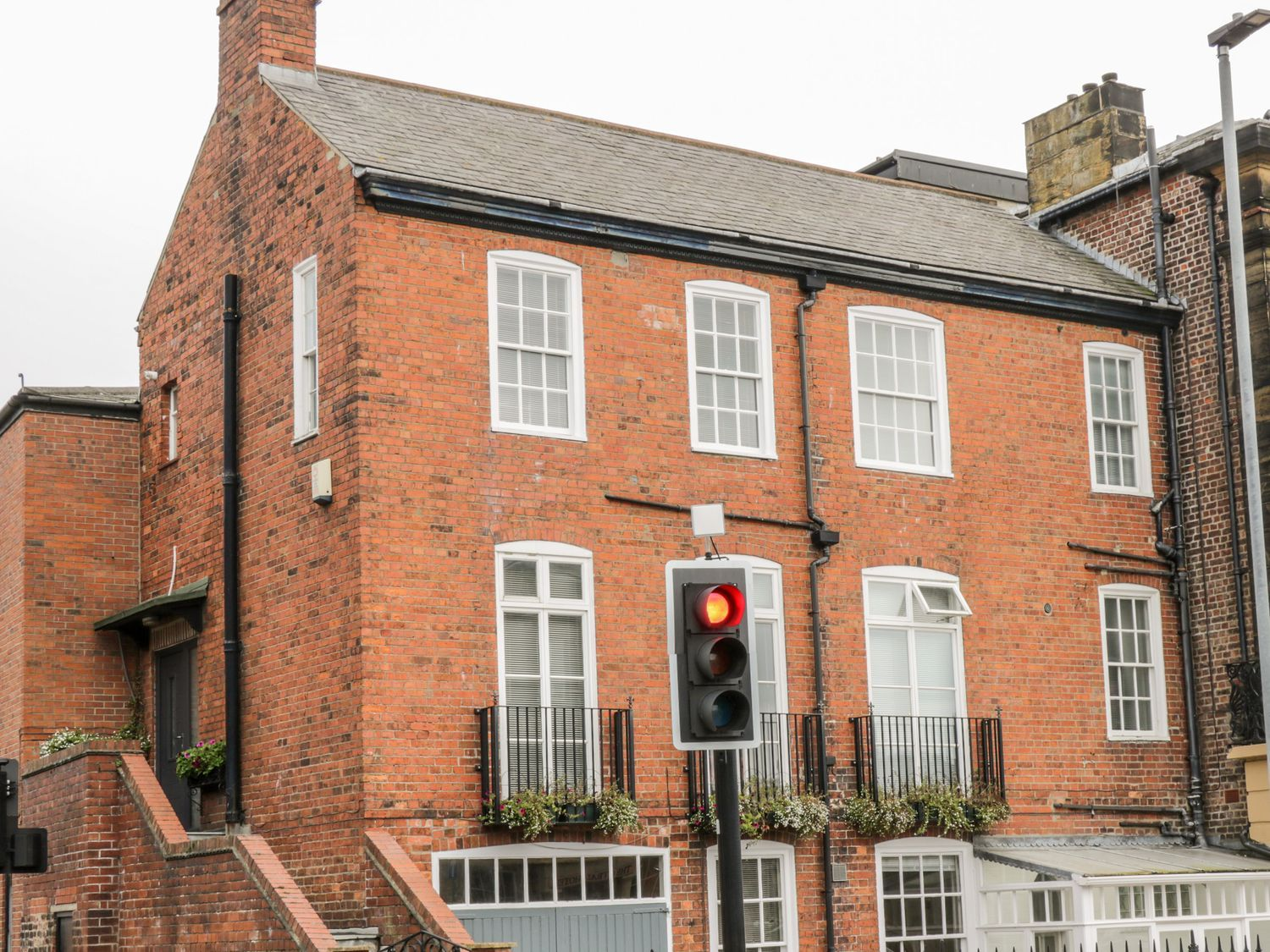 7a Belvoir Terrace - North Yorkshire (incl. Whitby) - 1079564 - photo 1