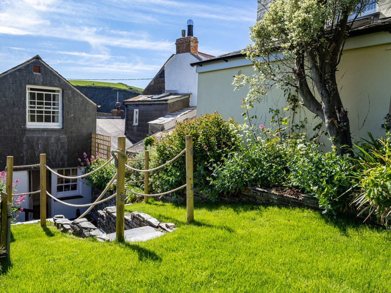1 Canadian Terrace - Cornwall - 1080690 - photo 1
