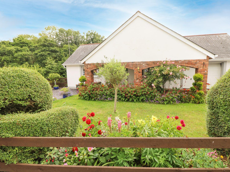 Charlecote House - South Wales - 1081734 - photo 1