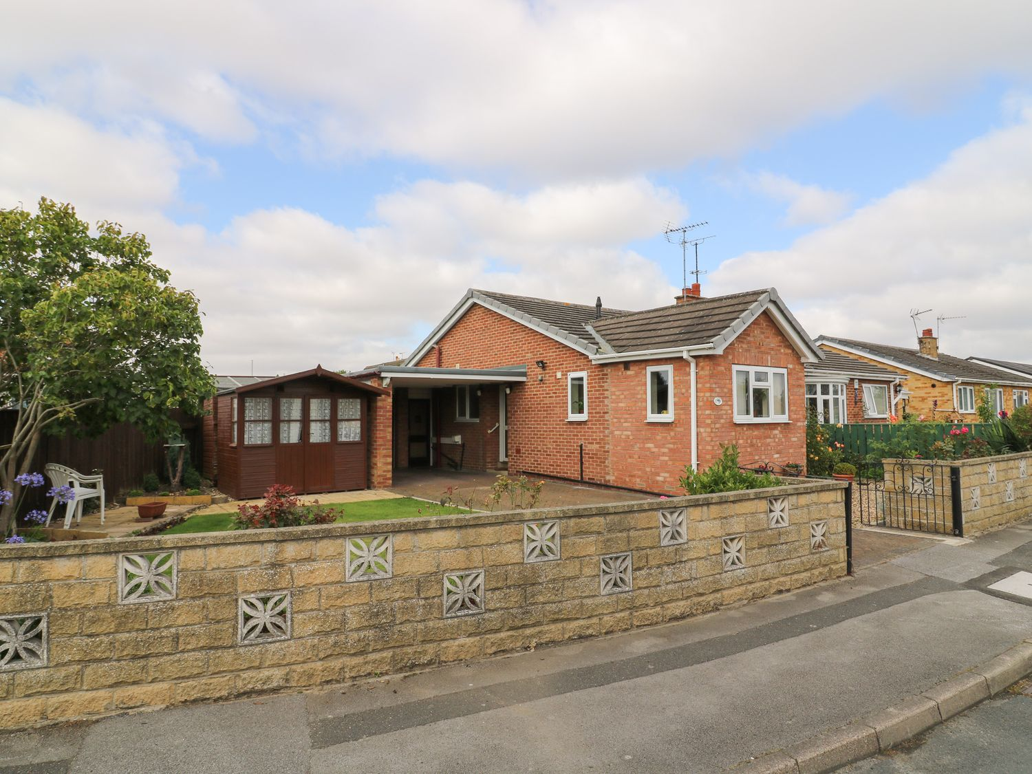 The Corner Bungalow - North Yorkshire (incl. Whitby) - 1082200 - photo 1