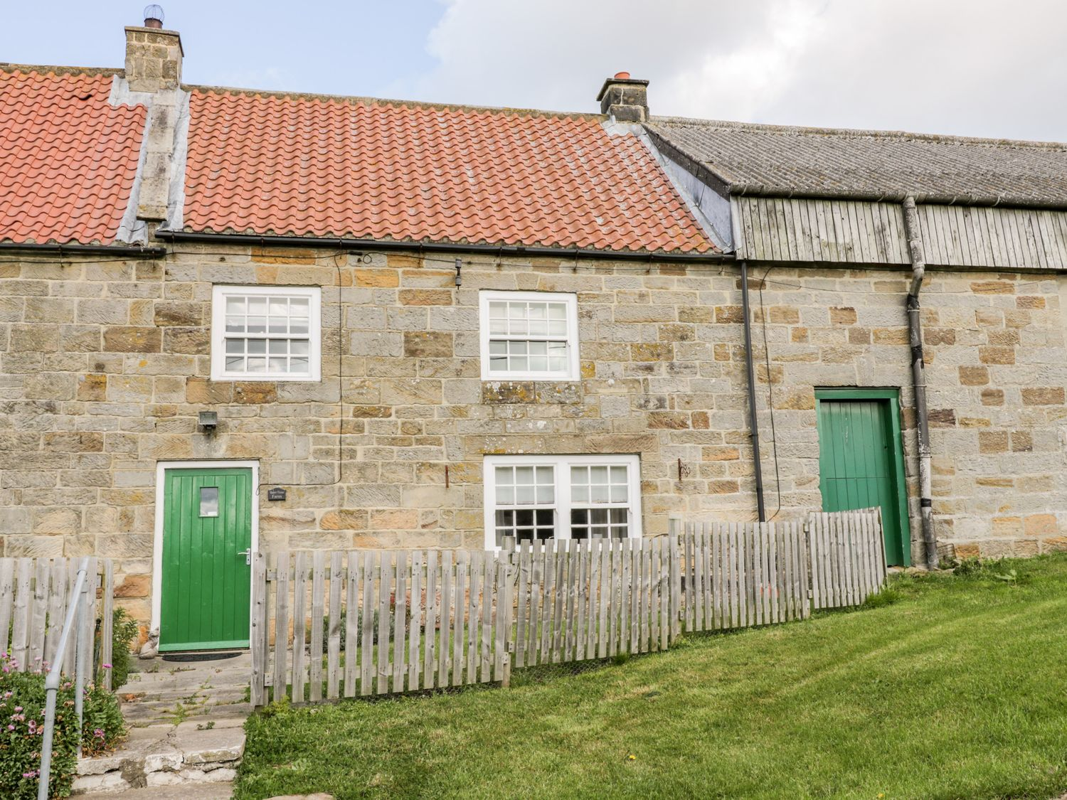 Manor House Farm Cottage - North Yorkshire (incl. Whitby) - 1084493 - photo 1