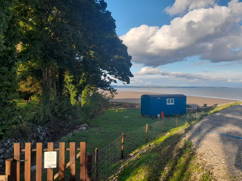 Seashore Shepherds Hut @ Moat Farm - Lake District - 1085409 - photo 1