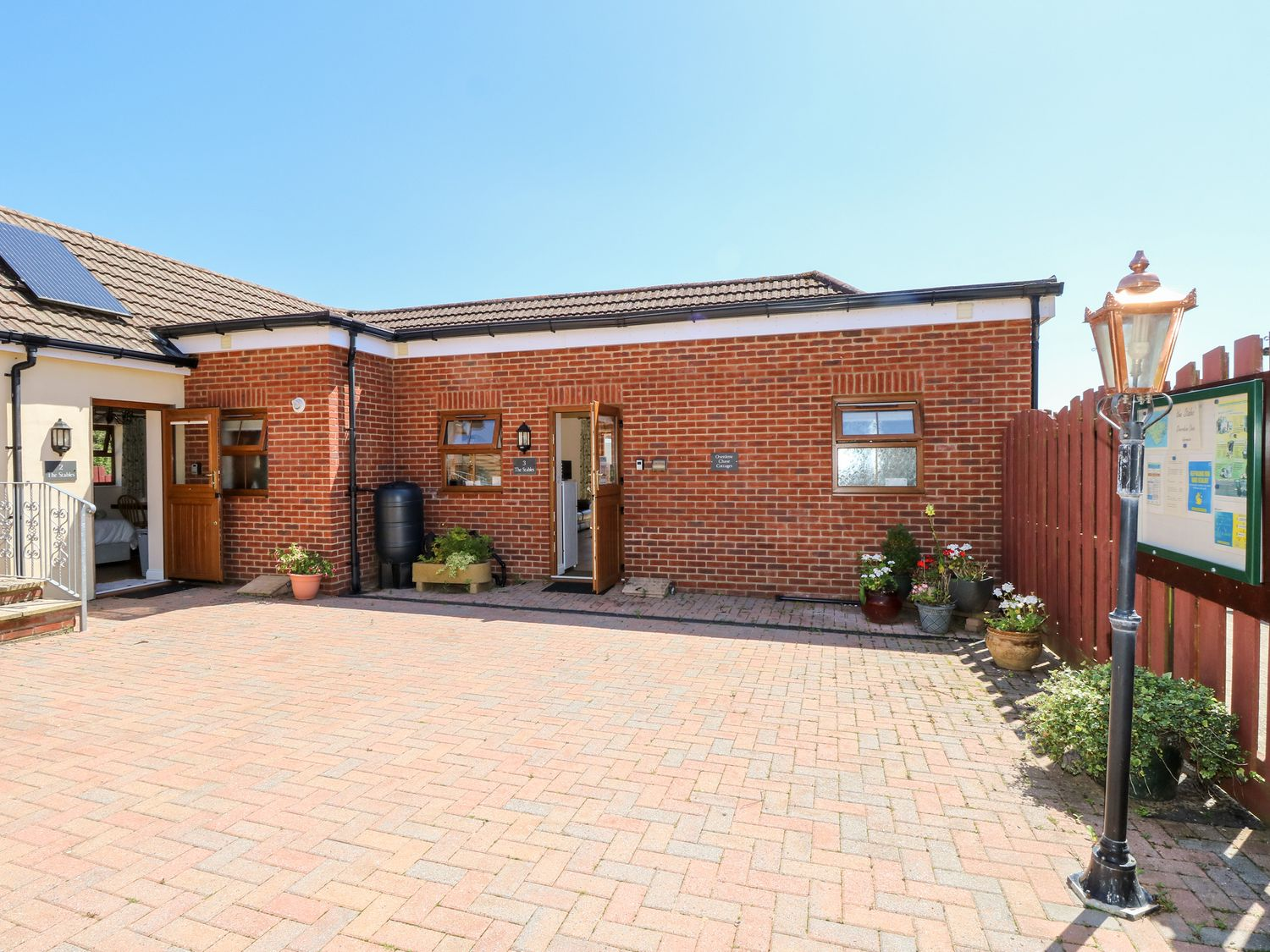 3 The Stables - Isle of Wight & Hampshire - 12935 - photo 1