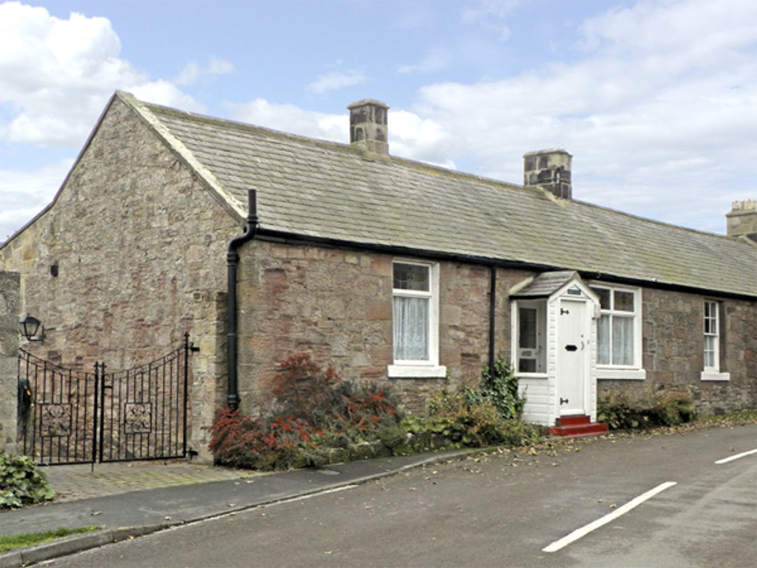 Lyndhurst Cottage - Northumberland - 1372 - photo 1