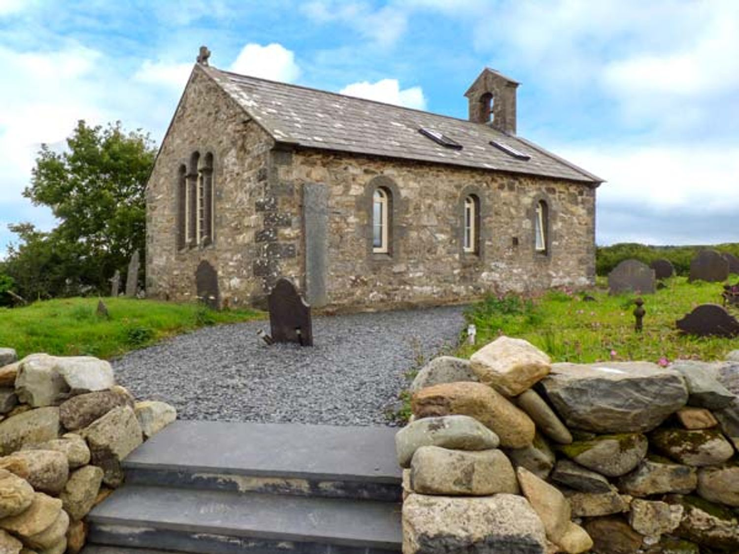 Eglwys St Cynfil - North Wales - 17499 - photo 1