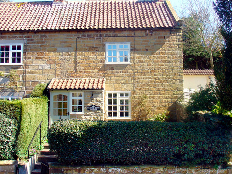 Knayton House Cottage - Whitby & North Yorkshire - 1975 - photo 1