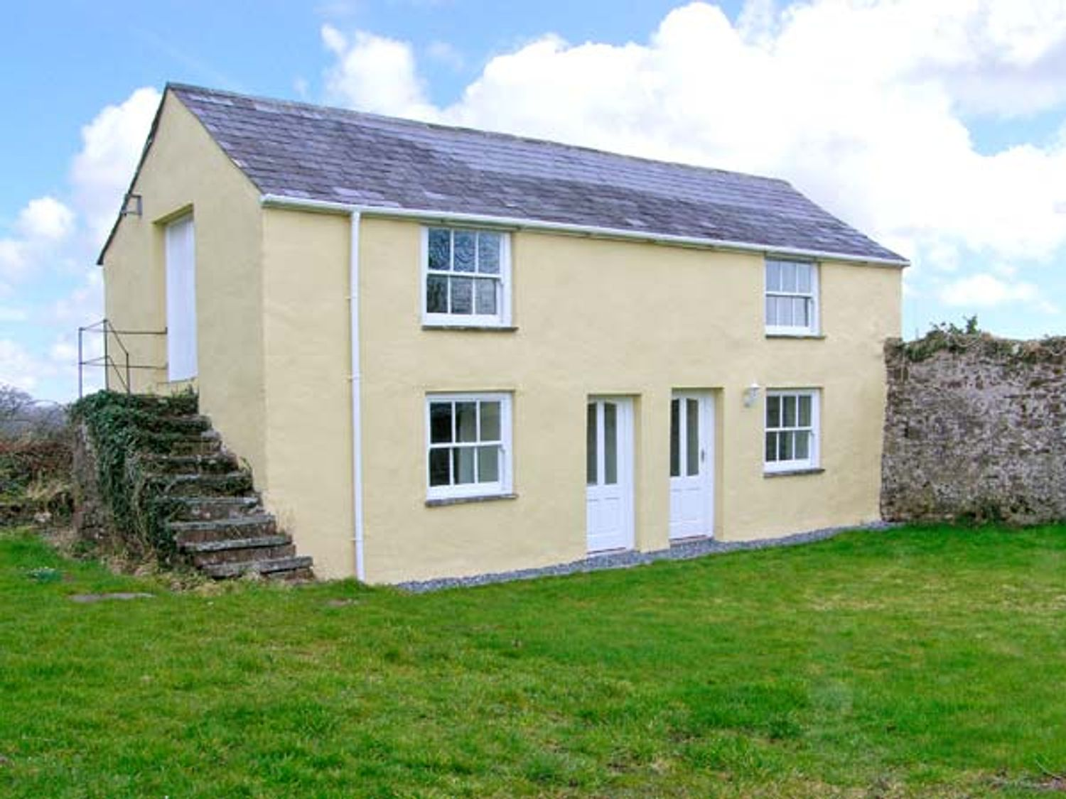 Honeysuckle Cottage - South Wales - 22424 - photo 1