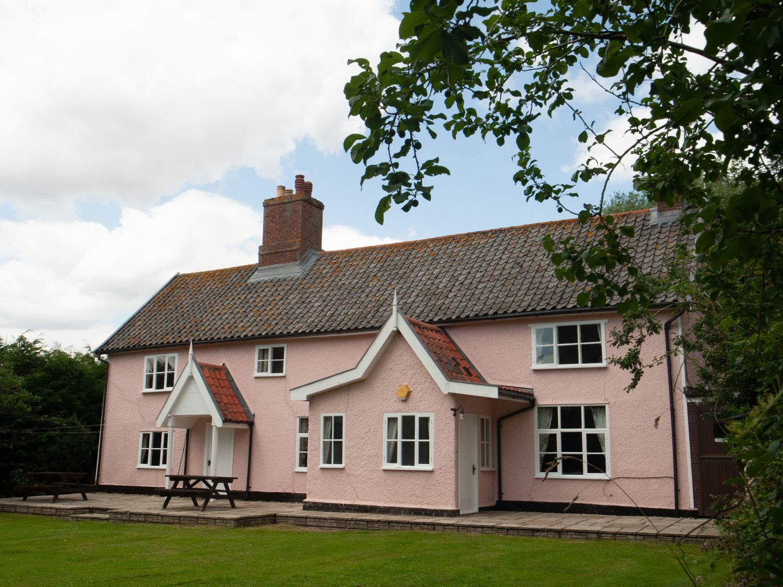 St Michael's House - Suffolk & Essex - 24120 - photo 1