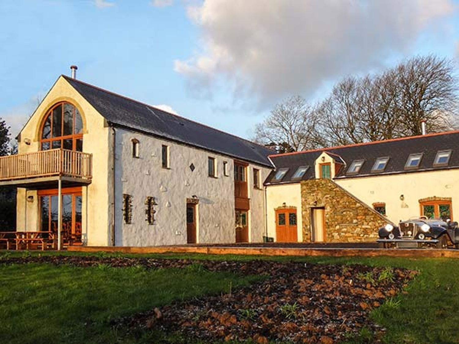Four-Acres Barn - South Wales - 25935 - photo 1