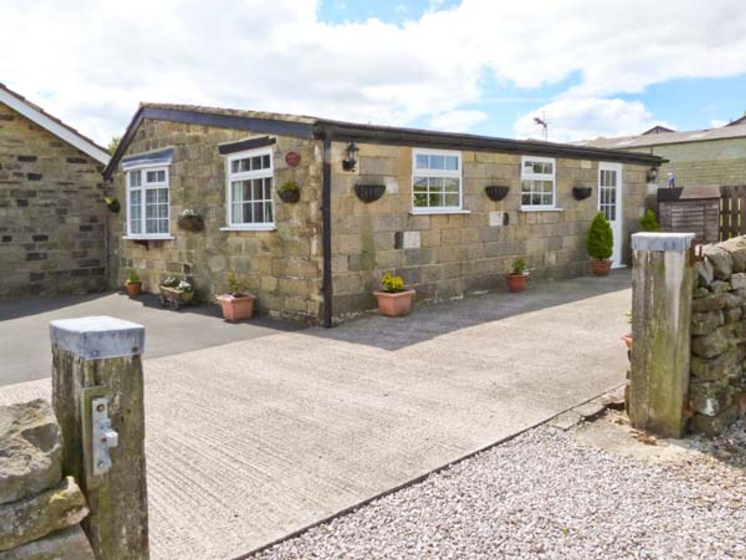 Fir Tree Stables - Yorkshire Dales - 26107 - photo 1