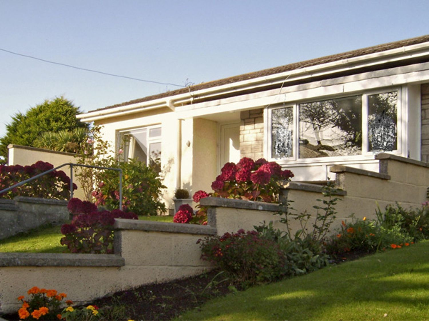 1 Mirehouse Place - South Wales - 2764 - photo 1