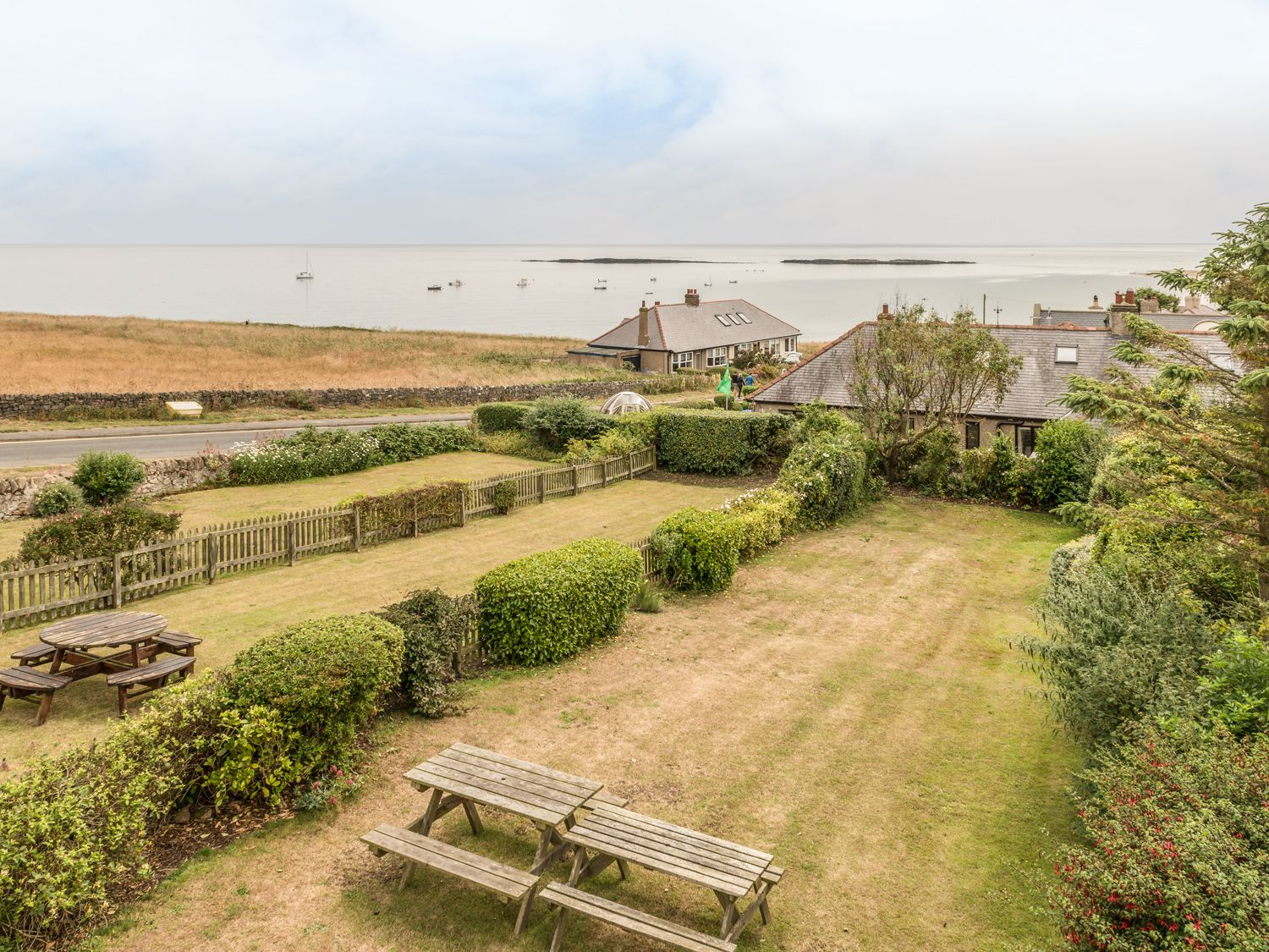 3B Coastguard Cottages, Low newton-by-the-sea