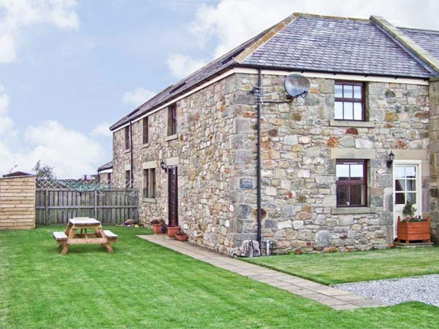 Sea Breeze Cottage - Northumberland - 2840 - photo 1