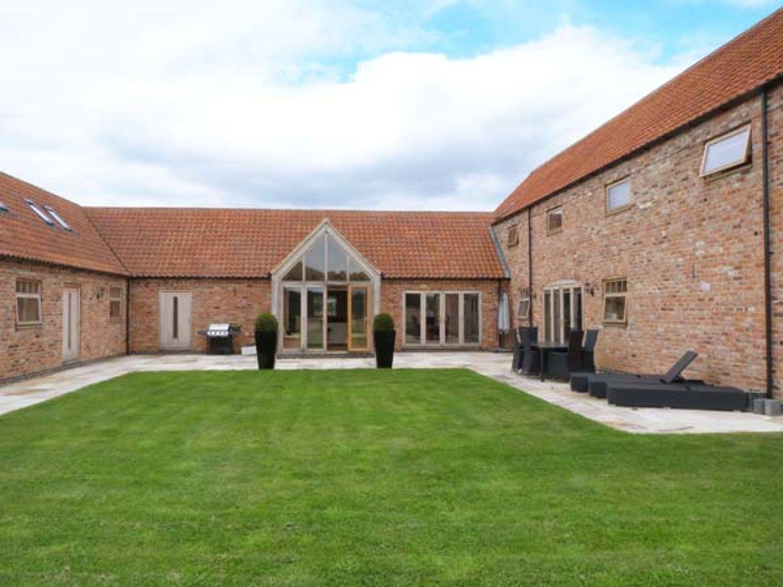 Moor Farm Barns - Lincolnshire - 30178 - photo 1