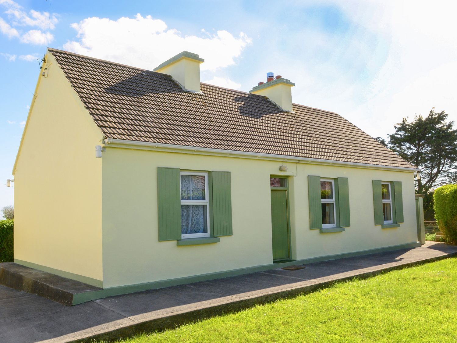 Paddy Staffs Cottage - Shancroagh & County Galway - 3688 - photo 1