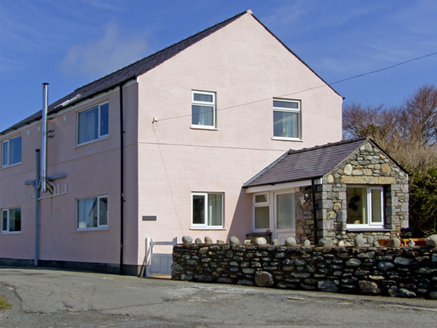 The Anchorage - Anglesey - 3935 - photo 1