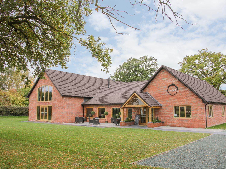 Oak Lodge, Heart of England