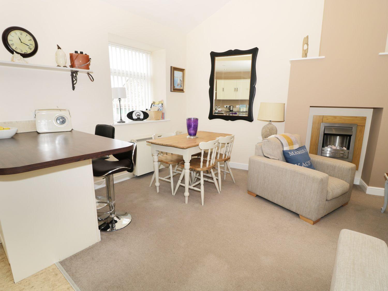 Driftwood Apartment, Northumbria