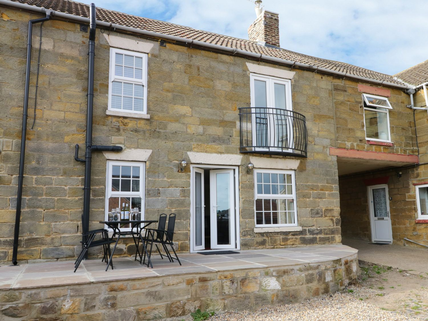 Raw Pastures - North Yorkshire (incl. Whitby) - 913267 - photo 1