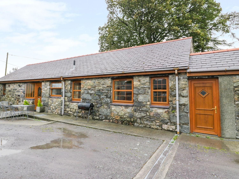 Y Bwthyn, Wales