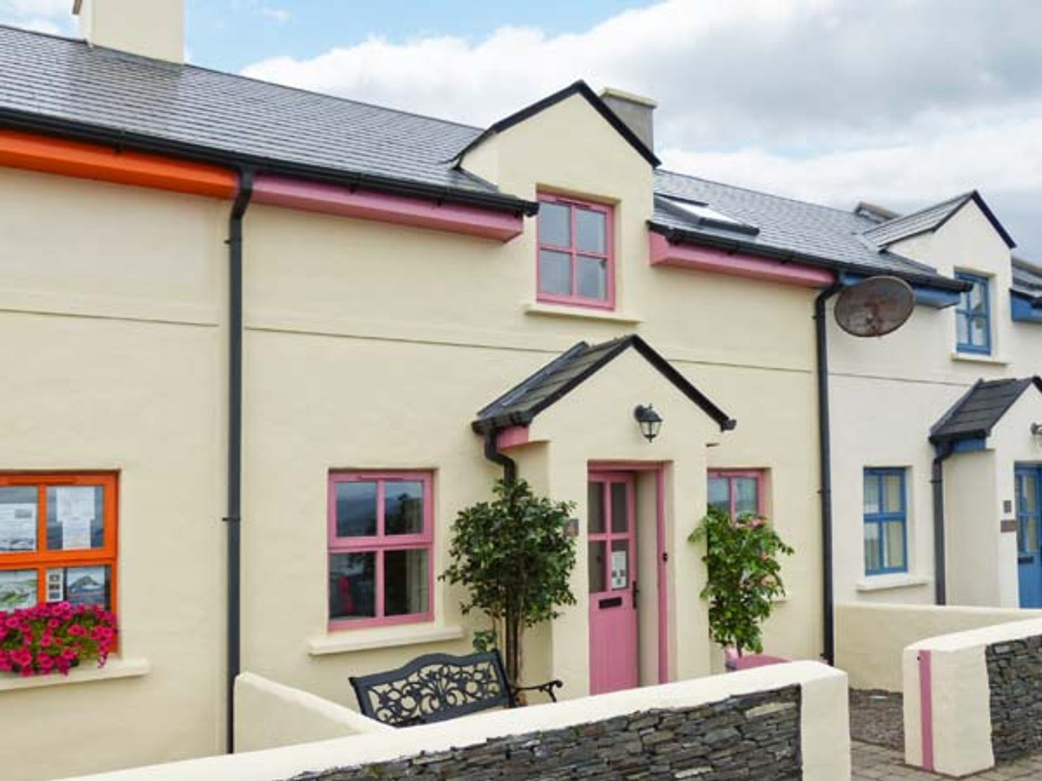 Watch House Cottage - County Kerry - 915397 - photo 1