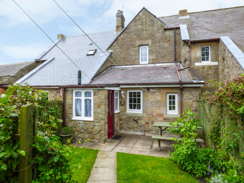 Northumberland Holiday Cottages: Middle Cottage, High Hauxley  | sykescottages.co.uk