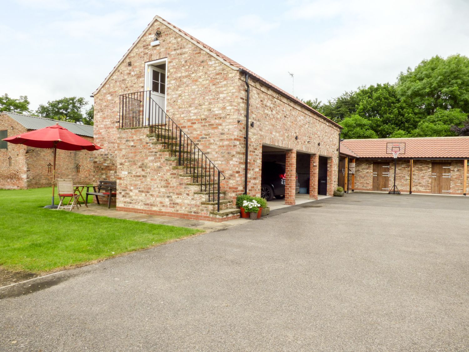 The Stables, Crayke Lodge - Whitby & North Yorkshire - 917511 - photo 1