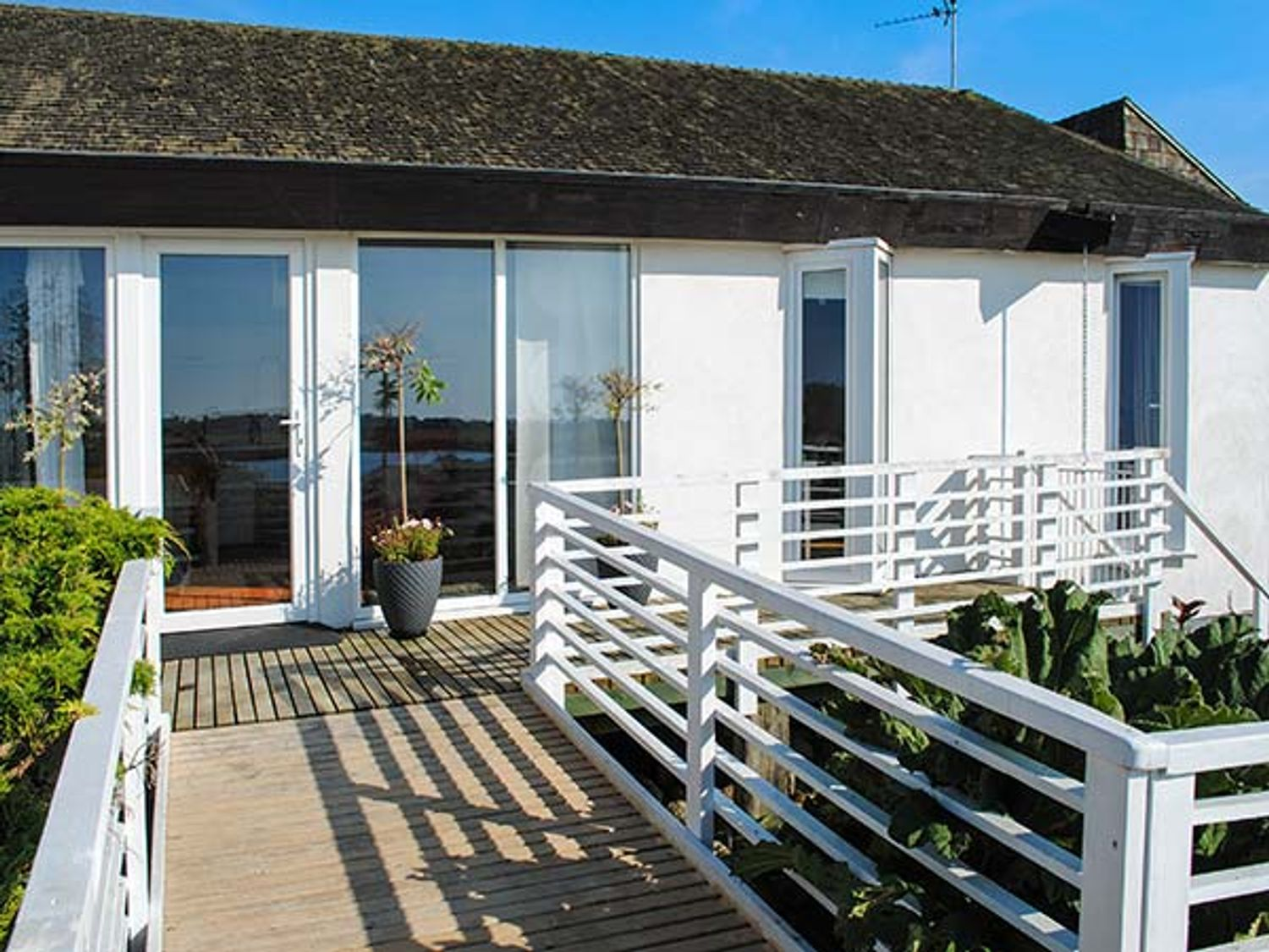 The West Wing at Bryn Owain - Anglesey - 918878 - photo 1
