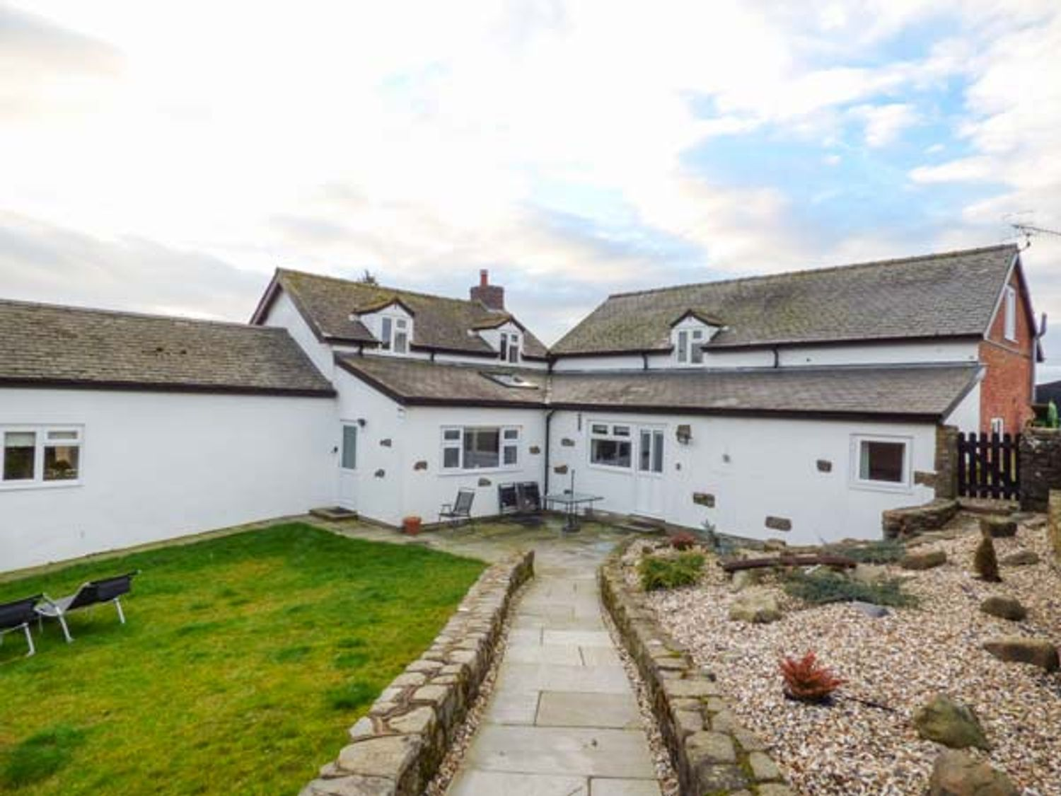 Upper Camnant Barn - Mid Wales - 918935 - photo 1