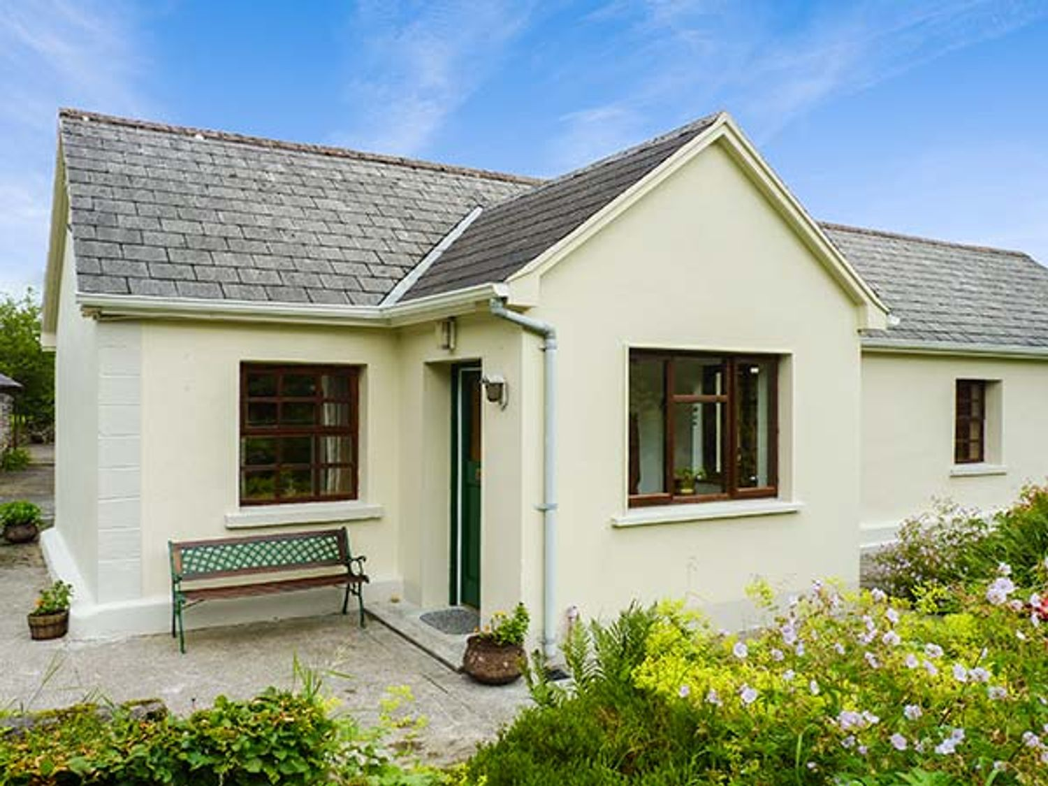 Hawthorn Farm Cottage - County Sligo - 926560 - photo 1
