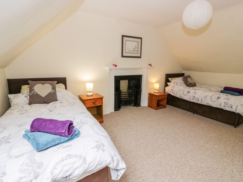 1 Linthill Cottages, Scotland