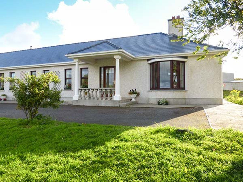 Belladrihid Cottage, Ireland