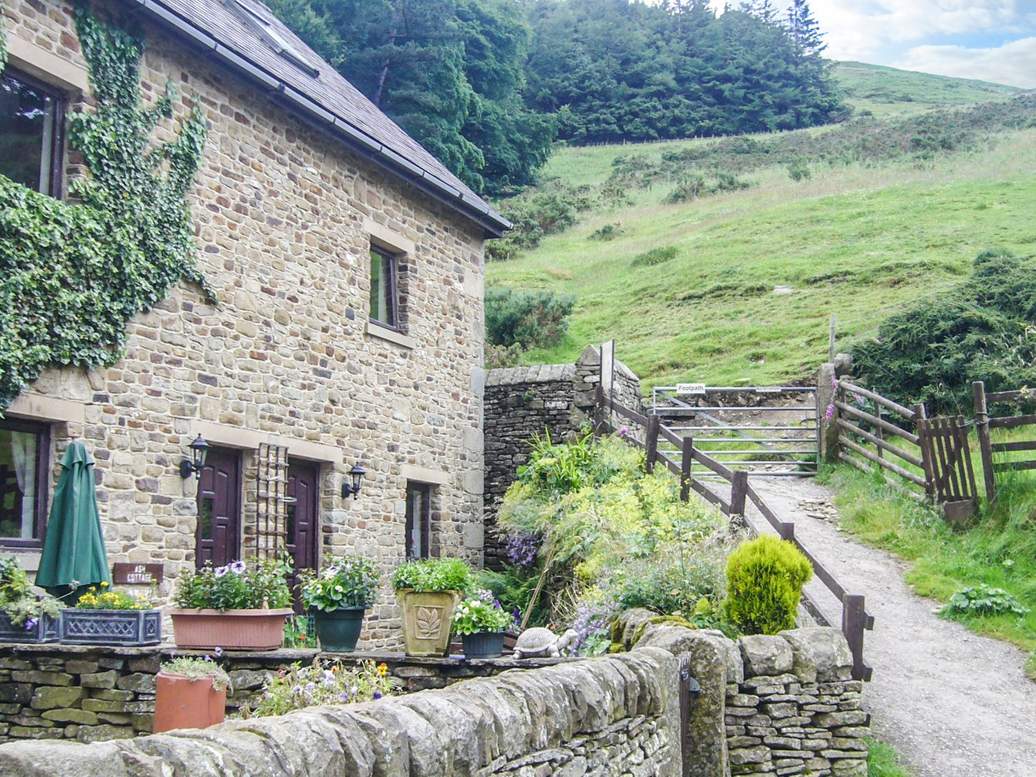 Ash  Cottage - Peak District - 929510 - photo 1