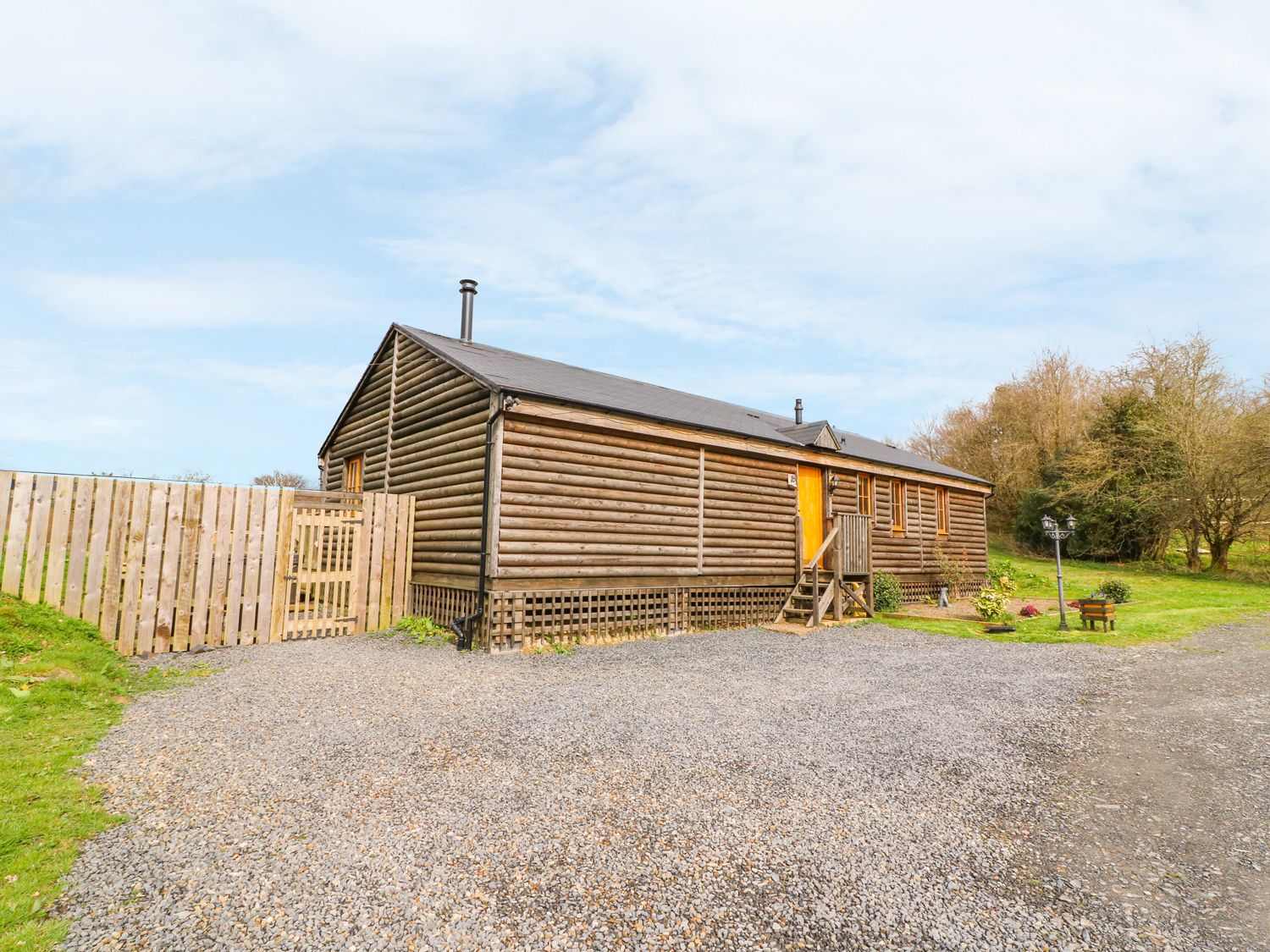 Caban Gwdihw ( Owl Cabin) - Mid Wales - 931452 - photo 1