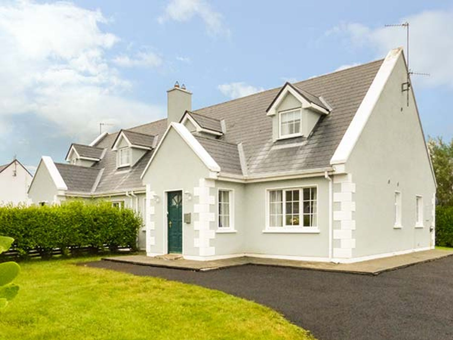 7 Latheanmor Court - Westport & County Mayo - 932803 - photo 1