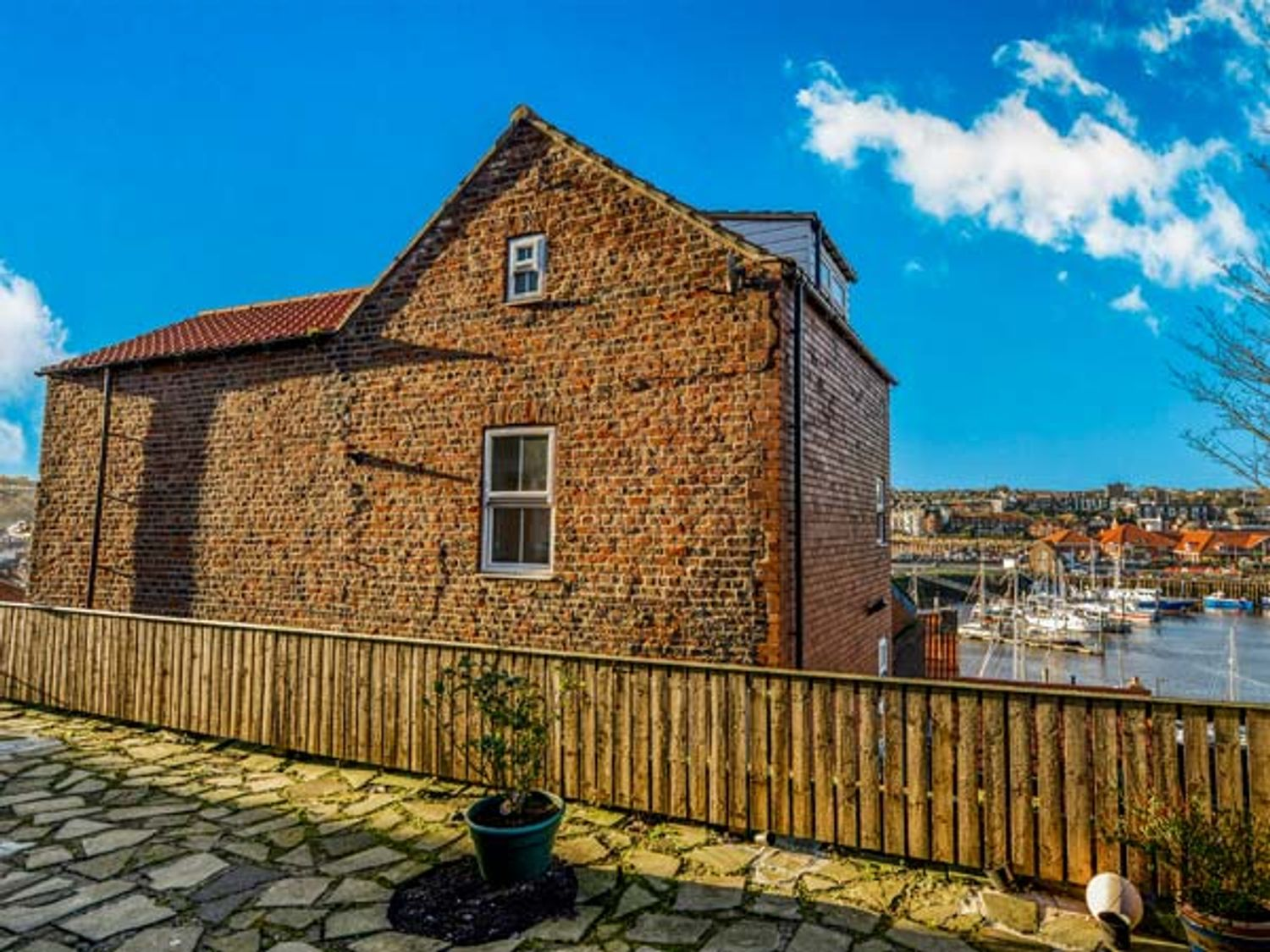 Kirkby House - North Yorkshire (incl. Whitby) - 933418 - photo 1